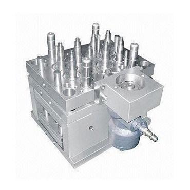 8 Cavity Unscrewing Motor Cap Mold